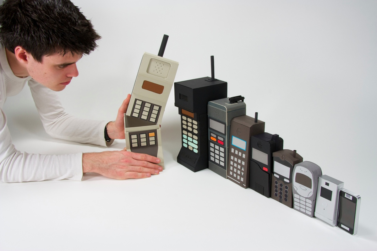 technology the invention of the cell phone The history of smartphones: timeline from the launch of the iphone in 2007 to the resignation of rim's bosses, a history of the most competitive technology market in the world charles arthur.
